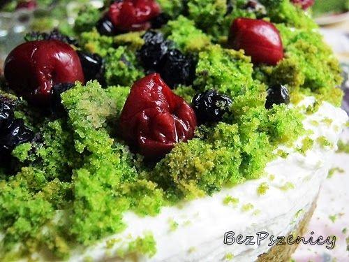 Bez Pszenicy: Mech leśny, ciasto ze szpinakiem (bez glutenu)