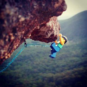 This Instagram account for a Lego rock climber made our morning! – Climbing with Alex Legos #climbing #lego #summitantics