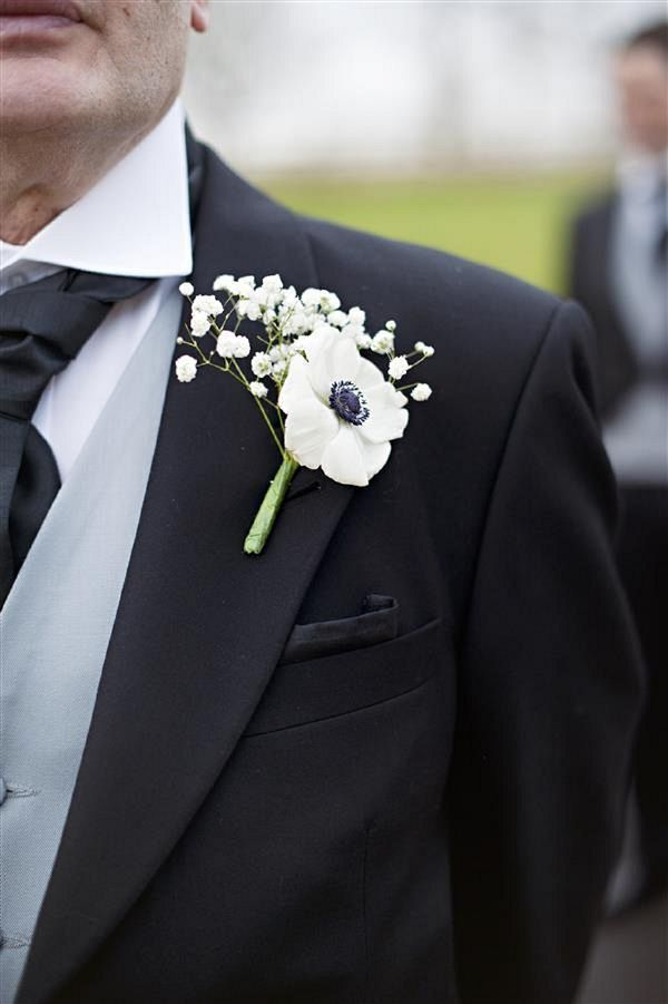 white buttonhole boutineer, image by Daffodil Waves Photography http://www.daffodilwaves.co.uk/:
