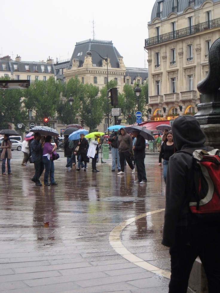paris in the rain been there loved that pinterest. Black Bedroom Furniture Sets. Home Design Ideas