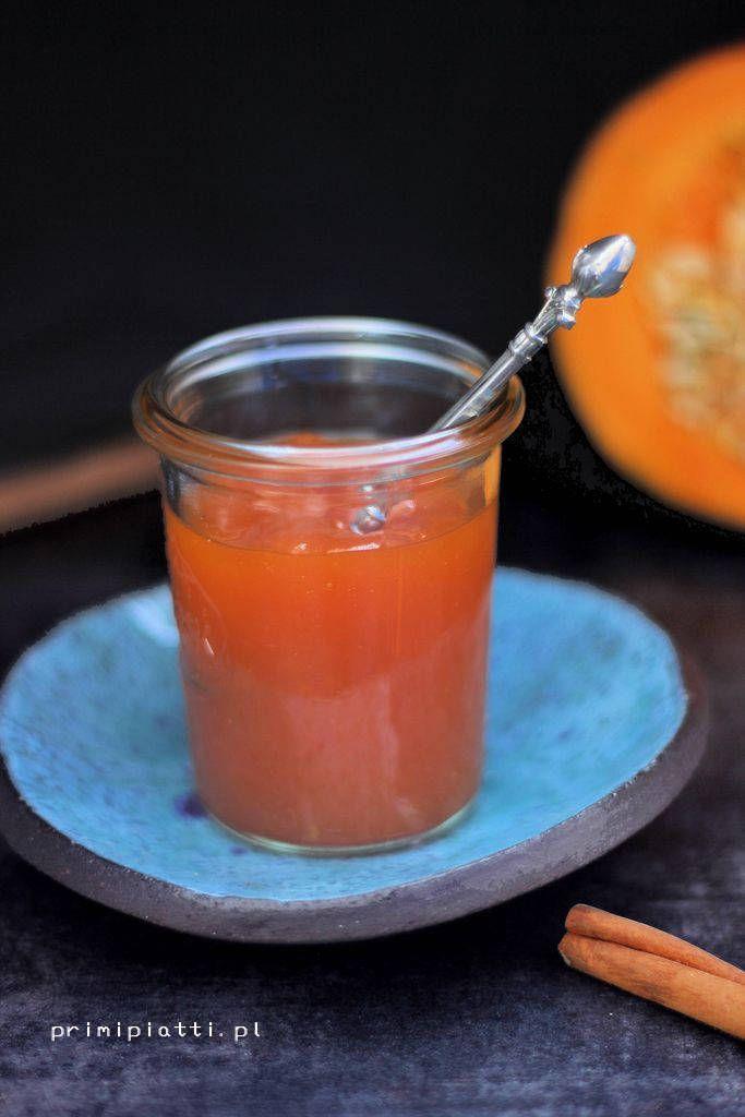 Obłędnie smaczny dżem z dyni i pomarańczy. Bardzo aromatyczny, lekko korzenny. Świetnie sprawdzi się do naleśników, gofrów czy do przełożenia ciasta.   Dżem z dyni i pomarańczy: -400 g obranej dyni -1 pomarańcza -1 cm świeżego imbiru -3/4 szklanki wody -1 laska cynamonu -3/4 szklanki cukru  Obraną dynię kroimy na mniejsze kawałki i …