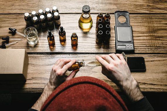 LONEWOODS PREMIUM BEARD OIL (1 oz/30 ml) Featured in The Huffington Posts Top 15 Mens Grooming Products For Fall 2015 What's worse than a dry, itchy