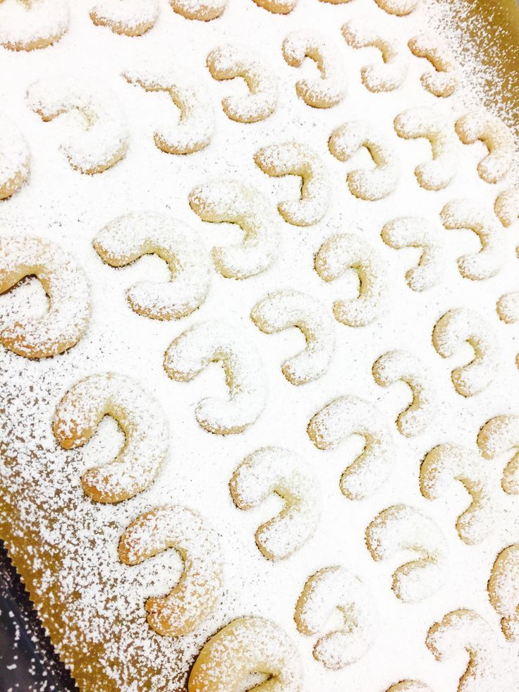 Vanille-Kipferl - Wir starten den Probebetrieb