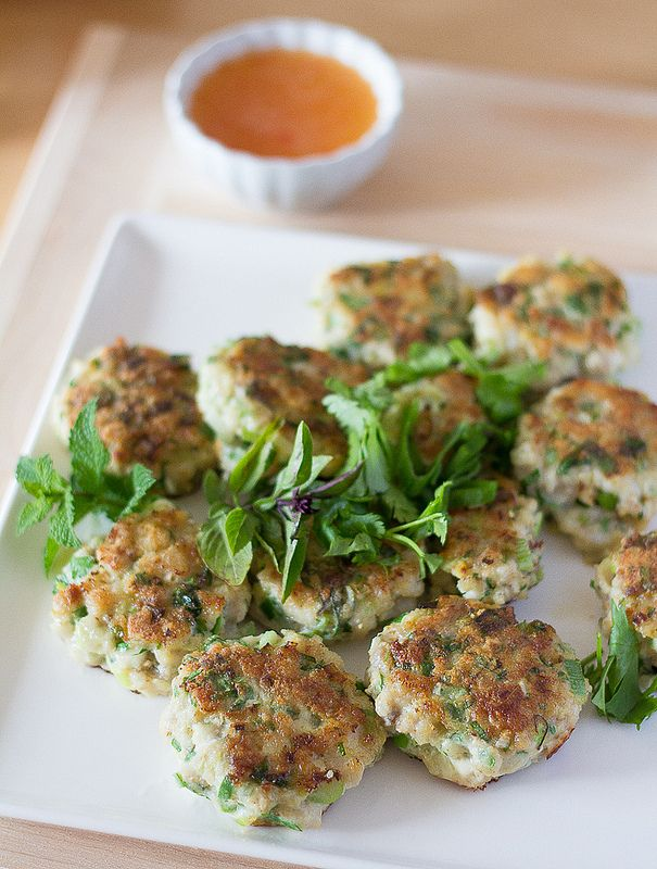 Learn how to make Vietnamese Fish Cakes. If you're tired of a bbq'd meat, these fish cakes are a healthy alternative that pack a lot of fresh flavor.