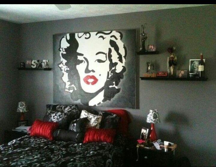 Marilyn Monroe bdrm decor! Red lipstick