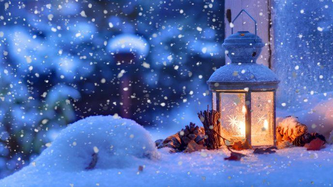 Warm Candle In A Cold Winter Night Hd Wallpaper Free Image Download High Resolution Wallpaper Christmas Lanterns Christmas Wallpaper Winter Wallpaper