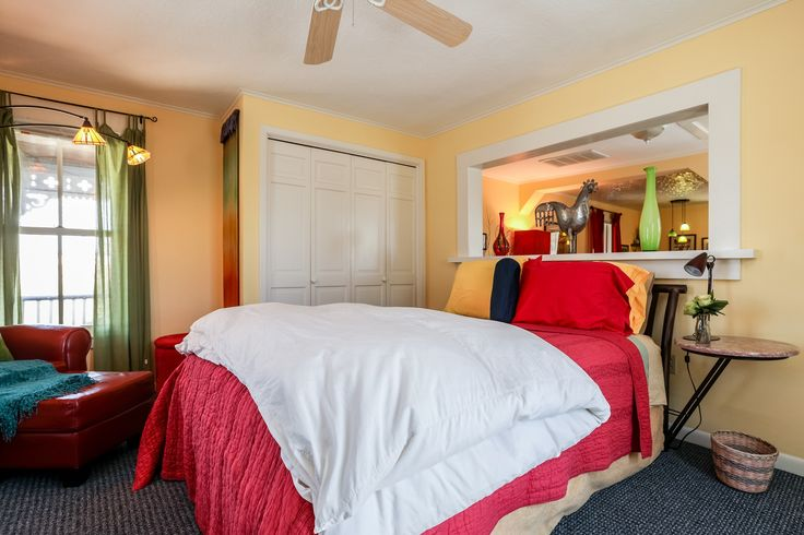 Cyclismo- Suite 2 is a 1 bedroom/ 1 bath accommodation that is located just 2 blocks south of Main Street. You'll love the private balcony. #fredericksburg #texas #tx #guesthouse #beautiful #comfortable #bright #airy #bedroom