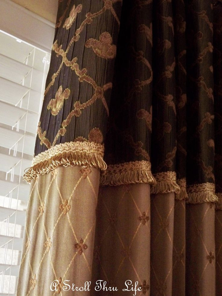 A Stroll Thru Life: Kelly's Show Us Your Window Treatments