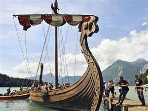 Viking men - Viking Ship ... http://www.suzannahdaniels.com/vikings-embrace.html