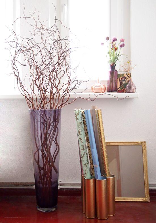 Vorstellung von Schön: Couch Blogger Award: DIY gift wrap stand