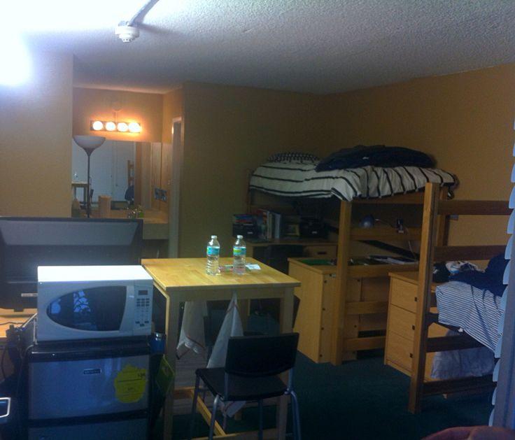 Dorm Set Up For Son At Stetson University Dorm Life