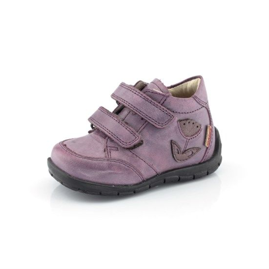FRODDO Visit www.froddo.com.au #shoes #girlsboots #girlshoes #purple #leathershoes #european #leather #boots #fashion #froddo #kidsfashion #footwear #childrensshoes