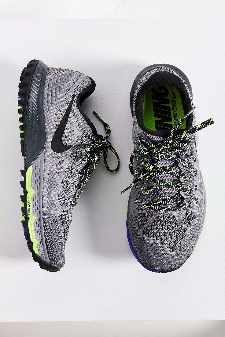 Nike Mode H baskets mode air jordan future low Taille 45