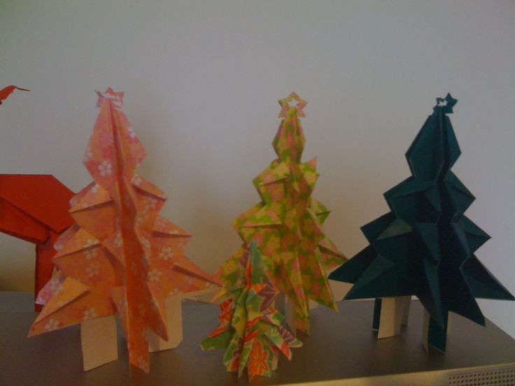 Japanese Language Lessons: Let's Learn Japanese! » How to make an Origami Christmas Tree