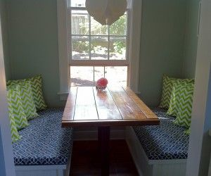 16 Awesome Breakfast Nook Pillows Image Ideas