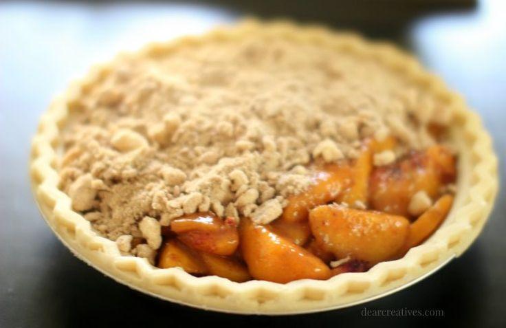 Pfirsich-Torte mit Krümelbelag geht weiter   – Pie dessert