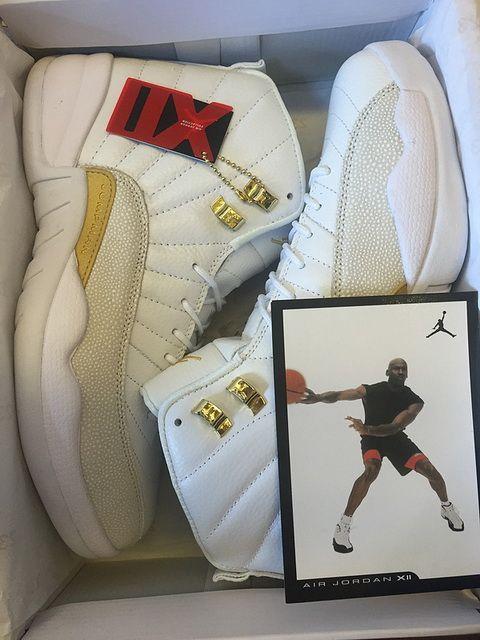 newest collection f74e3 2592b Real AIR Jordan 12 XII OVO White Metallic Gold White 456985-090 On Sale    weddings   Jordans、Air jordans 和 Shoes