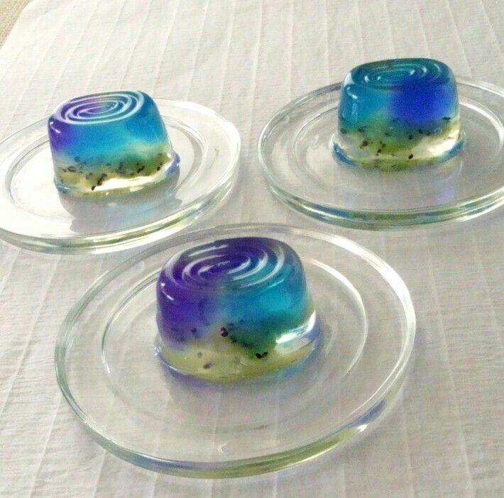 『紫陽花 ajisai~錦玉羮 Kingyokukan』Agar sweets flavored with  plum liquor, lemon and kiwi fruits.