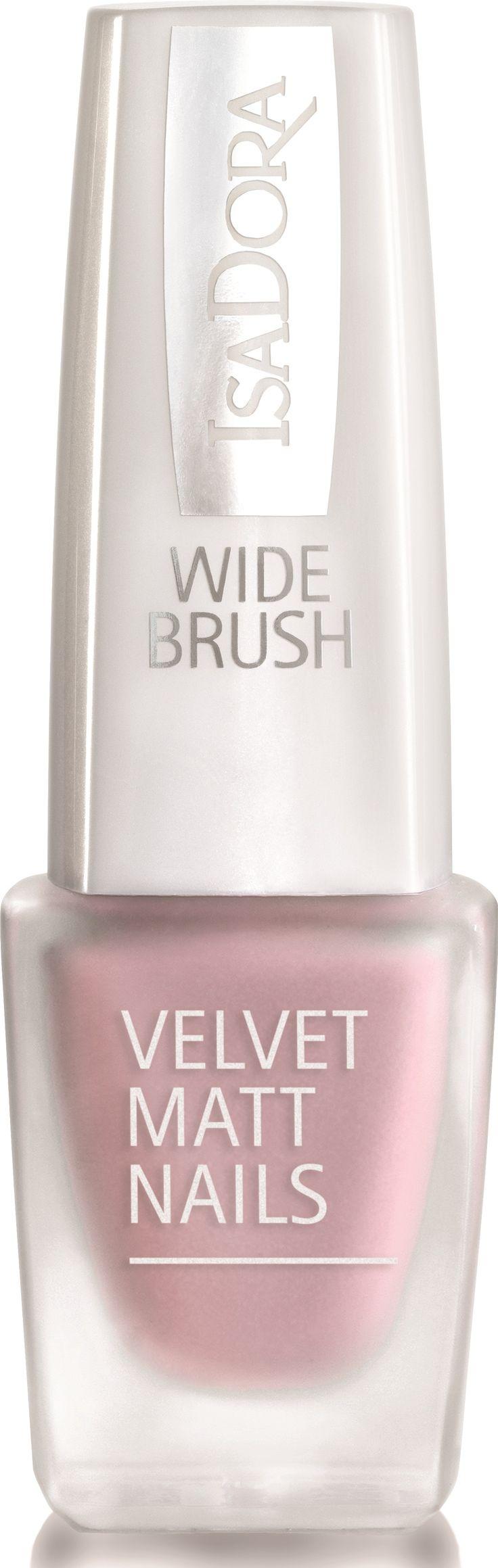 Skapa trendigt matta naglar med sammetslen yta! IsaDora Velvet Matt Nails nagellack är ett h...