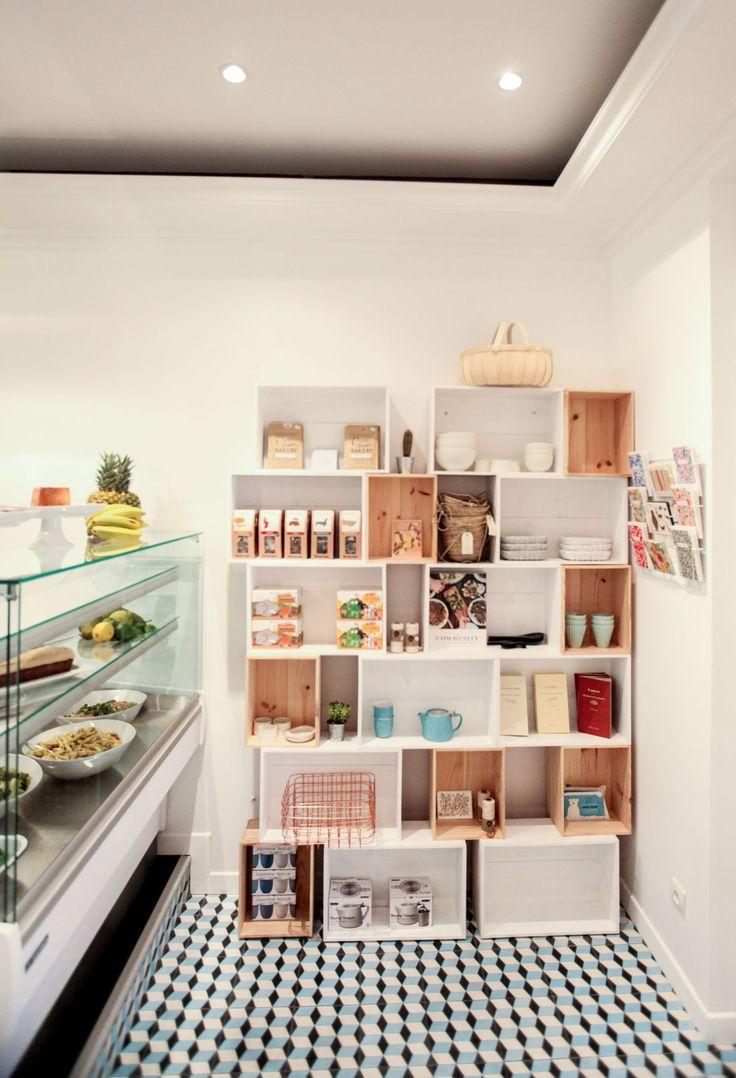 les 25 meilleures id es de la cat gorie meuble de caisse de lait sur pinterest tag res de. Black Bedroom Furniture Sets. Home Design Ideas