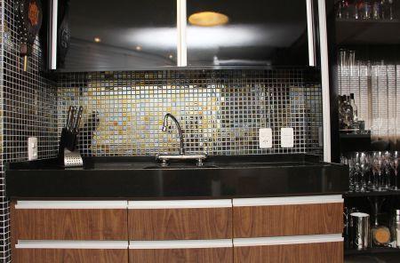 Clique Arquitetura - Seu portal de Ideias e Soluções - Bancadas de Cozinha em Granito Preto Absoluto