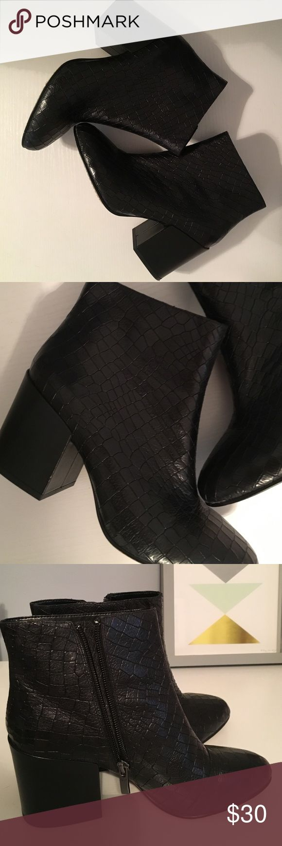 French Connection stacked heel black textured boot Gently used French Connection stacked heel ankle boots black size 37 (7) French Connection Shoes Heeled Boots