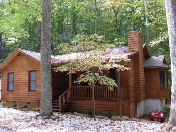 LIL BEAR CABIN NEAR WHITEWATER RAFTING (NANTAHALA LAKE,NC)2 BEDROOM 2 BATH CABIN NEAR N.O.C WHITE WATER RAFTING AND ZIP LINNING. LARGE OUTDOOR FIRE PIT, B.B.Q. GRILL, HOT TUB, PICNIC TABLE. HIKING & ATV TRAILS, OUTDOOR SHOOTING RANGE NEARBY. HUNTING, FISHING, AND BOATING RENTALS. WEEKLY RENTAL $599.00, DAILY WEEKEND RENTAL $125.00. IF INTERESTED CALL ME AT 786-301-2605