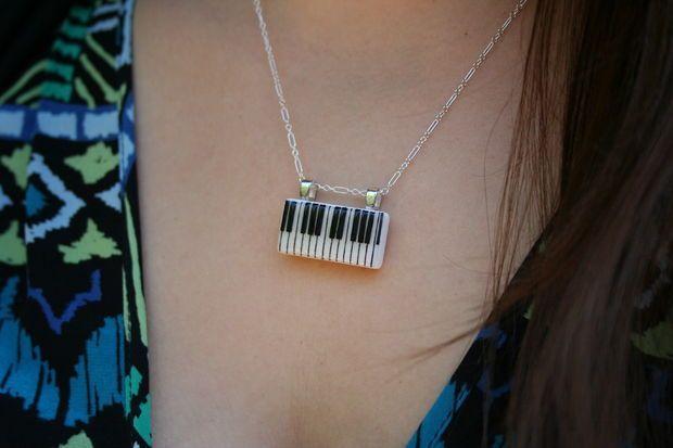 Кулон клавиатура пианино