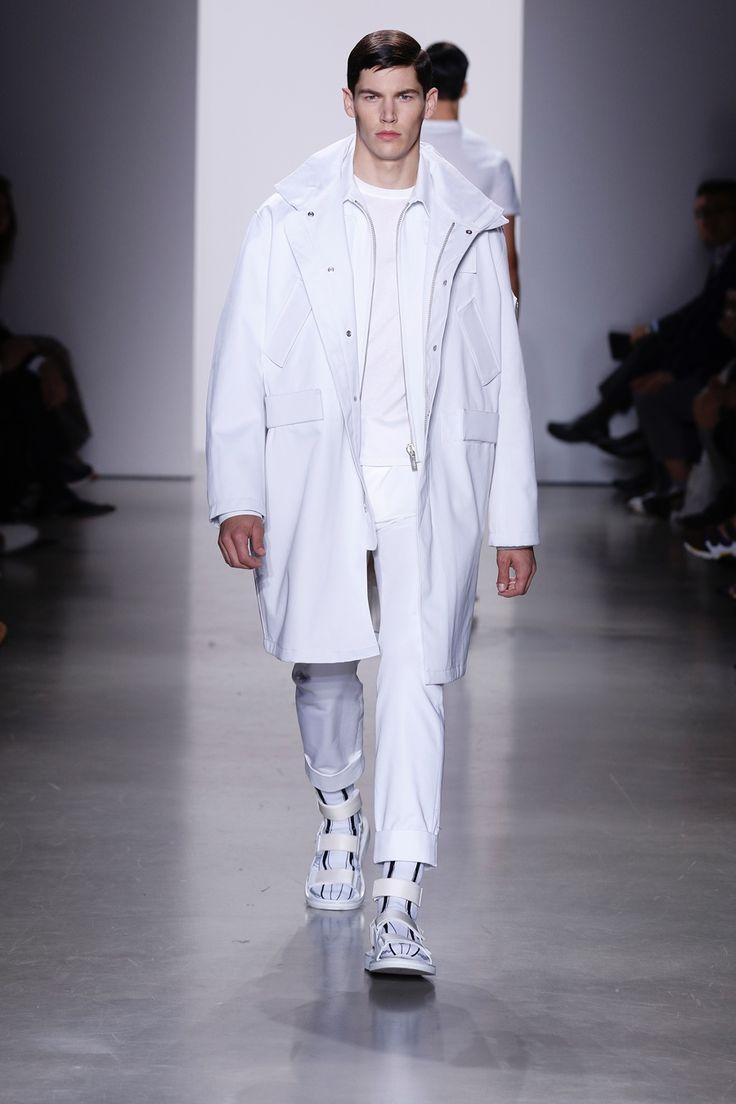 Calvin-Klein-Collection-Spring-Summer-2016-Menswear-Milan-Fashion-Week-033