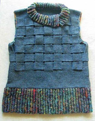 This could be interesting with upcycled wool, from Thread & Yarn Handing Days people