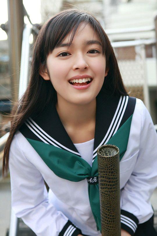 未来穂香 Honoka Miki (fashion model, actress, voice actress)