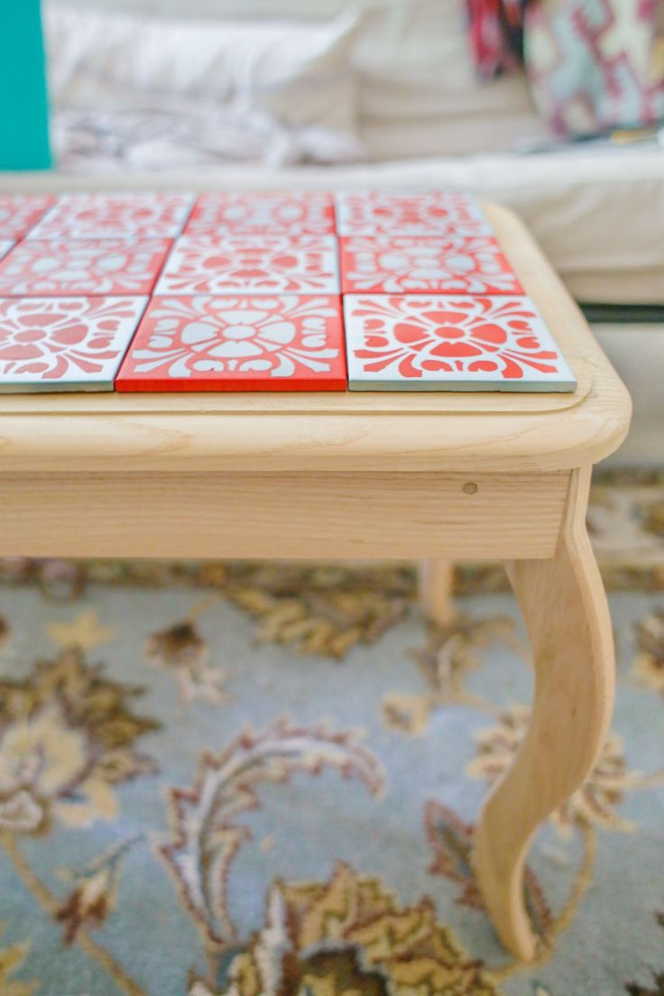 Painting tiles coffee table revamp house ideas for Revamp coffee table