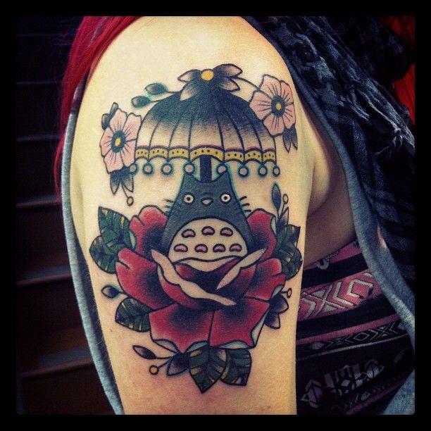 53 best images about totoro tattoos on pinterest princess mononoke cardiff uk and leg tattoos. Black Bedroom Furniture Sets. Home Design Ideas