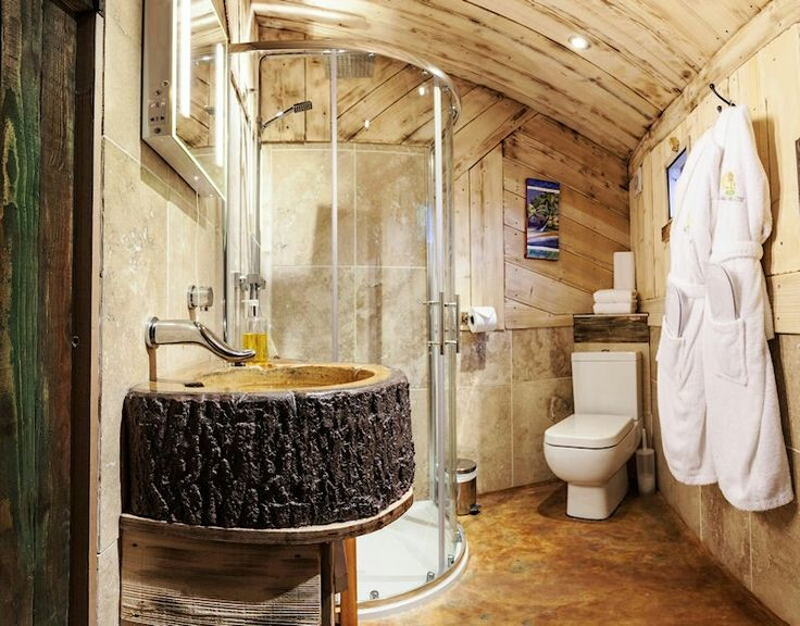 Superior Bath In Tree House