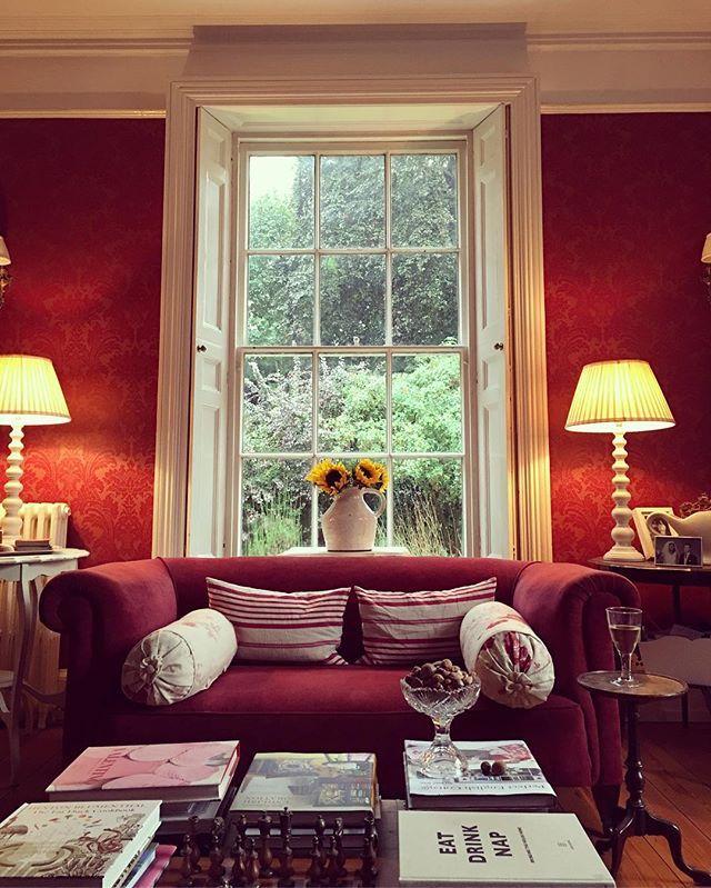 Mein Franzsisch Landhaus Roten Sofa Wohnzimmer Innenarchitektur Paletten Schaukeln Innere Country Style Red Cat Home Ideas