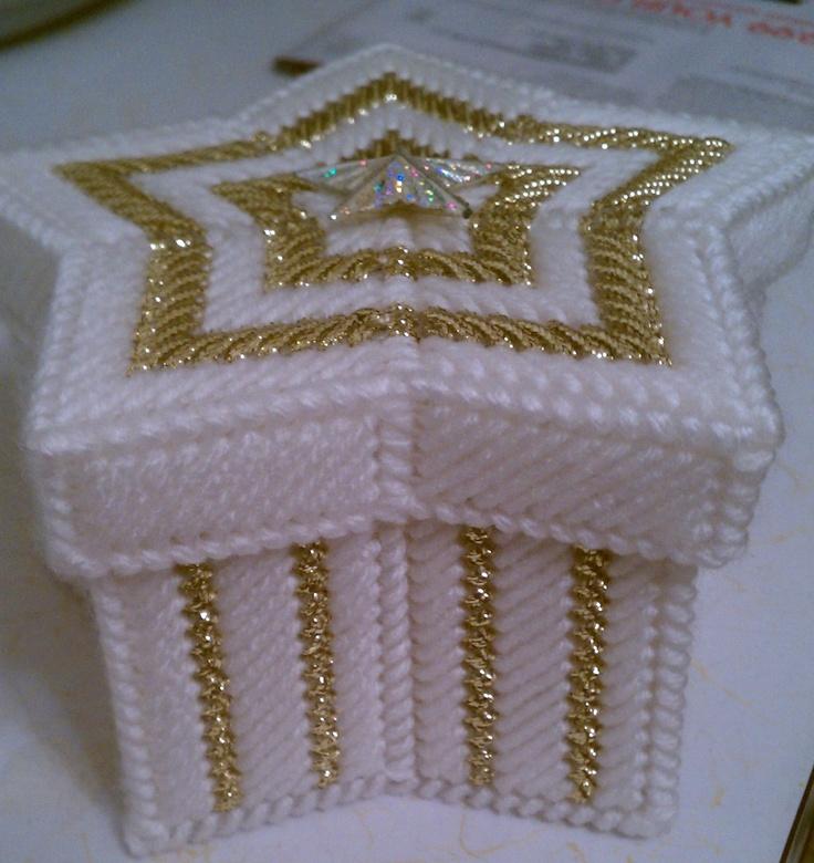 Plastic canvas - Star Jewelry Box