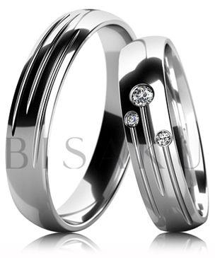 B53 Snubní prsteny z bílého zlata celé v lesklém provedení se třemi drážkami. Dámský prsten zdobený kameny. #bisaku #wedding #rings #engagement #svatba #snubni #prsteny