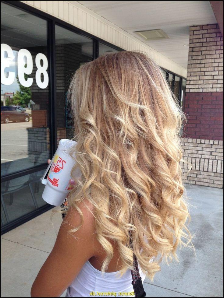23 Einzigartig Portrat Um Dauerwelle Lange Haare Dauerwellen Lange Haare Frisuren Lange Haare Schnitt Frisur Lange Haare Locken