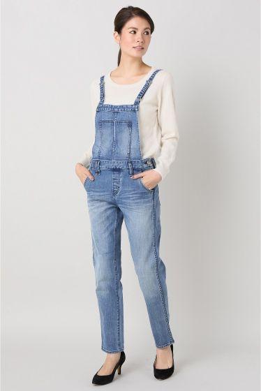 Moname salopette pants  Moname salopette pants 17496 やわらかい生地ときれいなシルエットでカジュアルに使いやすいデザインのサロペットです ブラウスやシャツで合わせてスタイリッシュにコーディネイトするのもおすすめです Moname アメリカのデニムブランドYANUKと同じデザインチームが手がける姉妹ブランド パリを旅行しているアメリカ人の女の子をイメージしています 女性らしいディテールにこだわりシルエットと履き心地の良さで人気のYANUKのこだわりはそのままに モデルサイズ:身長:160cm バスト:80cm ウェスト:60cm ヒップ:86cm 着用サイズ:XS