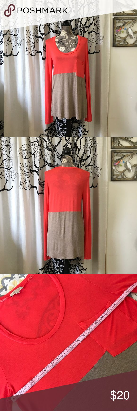 NWOT Bordeaux Lightweight Colorblock Slouchy Tunic Amazingly soft super lightweight colorblock tunic by Bordeaux in a orangy-red and heathered tan. Single pocket. Slouchy, oversized style is perfect with leggings, capris or skinny jeans. Perfect unworn condition. SZ S but could work for a M. Please double check measurements given in photos. So soft and comfortable, you won't want to take it off! Bordeaux Tops Tunics