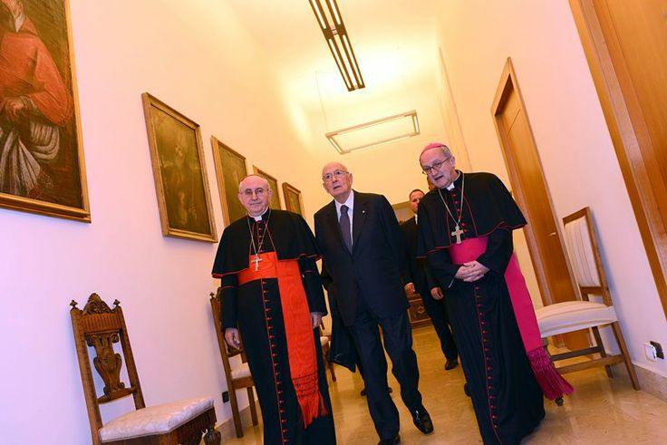 Il Presidente della Repubblica Giorgio Napolitano, il Gran Cancelliere dell'Università Lateranense, il Cardinale vicario per la diocesi di Roma Agostino Vallini e il Rettore Magnifico dell'Ateno, Mons. Enrico dal Covolo.
