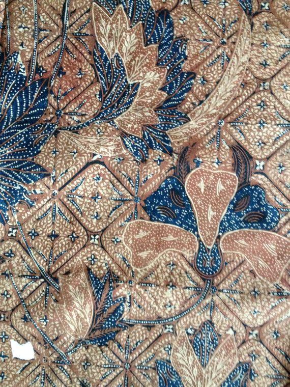 OLD - Vintage Peranakan Straits Chinese Javanese Indonesian Batik Tulis Fully Hand Drawn Dip Dye Wax Resist