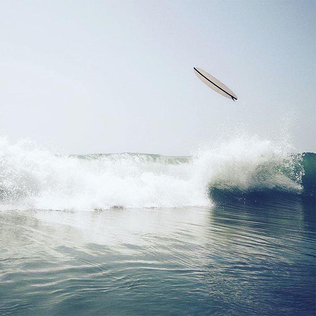 Photo by Steven Lippman. @stevenlippman #waves #water #coast #coastline #surfing #surfboard #flying #shore #beach #composition #geometric #photography #moment #focus #capture #sky #horizon #contrast #foam #illgrammers #visualsoflife #agameoftones #liveauthentic #photomafia #lifestyle #photooftheday #picoftheday #shotoftheday #severinwendeler #stevenlippman