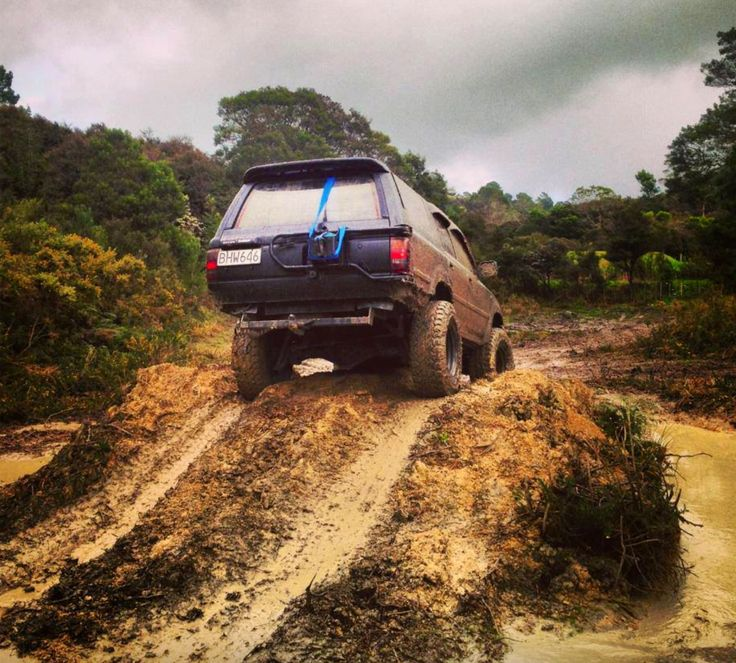 Mud Love Hilux Surf. New Zealand.