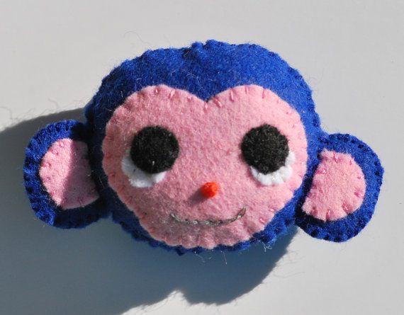 Bekijk dit items in mijn Etsy shop https://www.etsy.com/nl/listing/255442470/dieren-broche-vilten-broche-vilten-aap