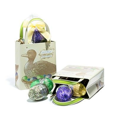 Too good to hide! Heritage Duck Carry Tin with Milk Chocolate Eggs