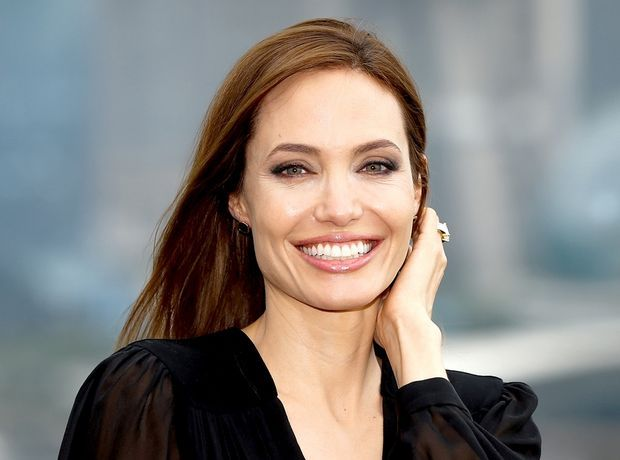 Angelina Jolie: Η αμαρτωλή που έγινε η Μητέρα Τερέζα των προσφύγων - Like this lady | Ladylike.gr