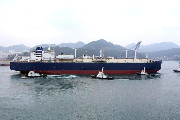 Ship Photo of the Day  First Icebreaking Yamal LNG Carrier Launched at DSME