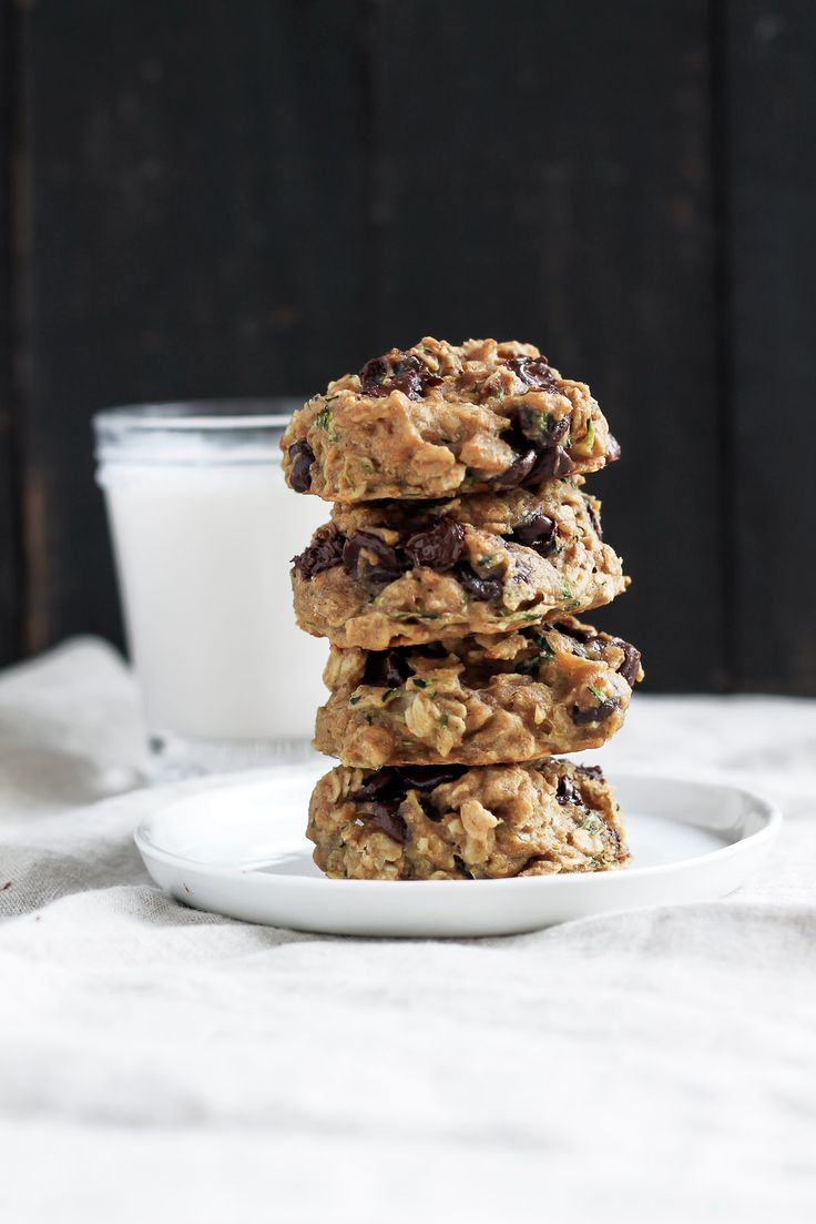 Vegan healthy chocolate chip Zucchini Oatmeal Cookies that are soft, chewy and absolutely delicious!. These are AMAZING & healthy enough for breakfast!