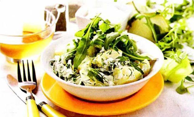 Испанский салат с ботвой редиса и чоризо